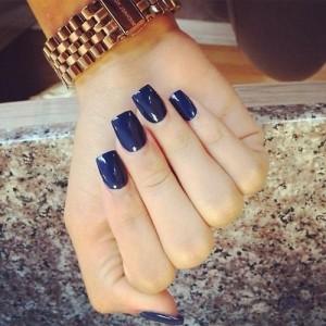 Verniz azul marinho
