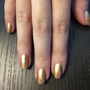 Passo 1 - Geometric Manicure
